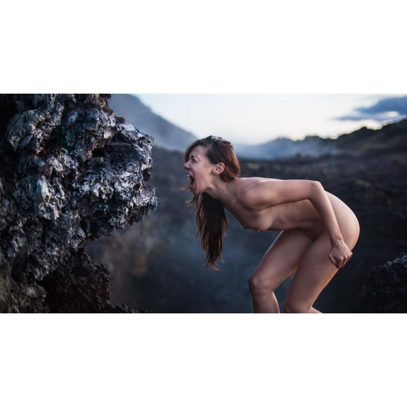 Photographie d'art de landscape-nude par Sebastien Roignant vendue sur new concept art photo selling